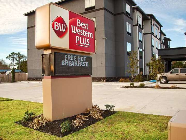 Best Western Plus Prien Lake Inn and Suites