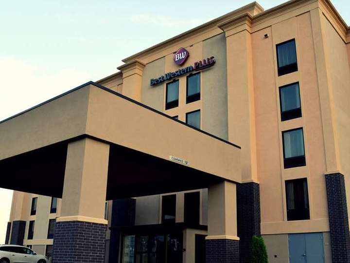 Best Western Plus Jonesboro Inn and Suites