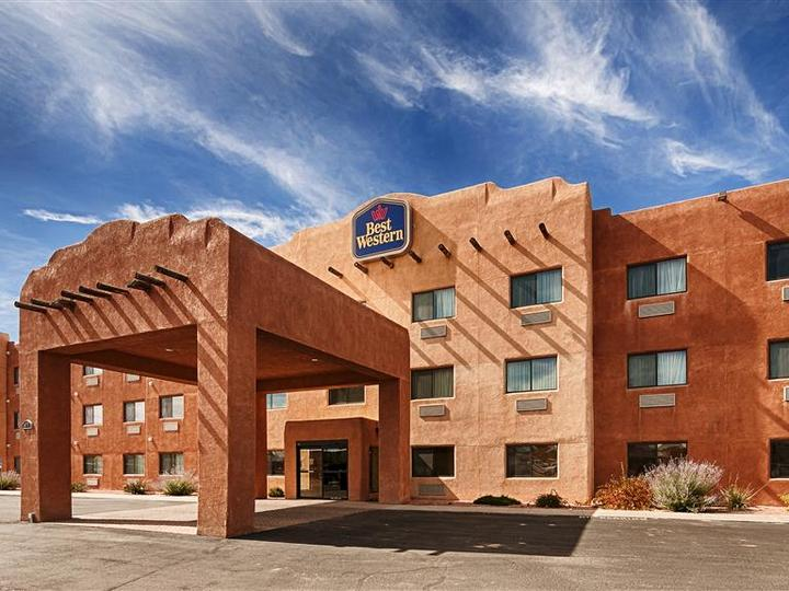 Best Western Territorial Inn and Suites