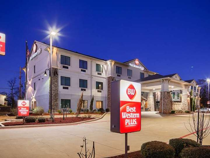 Best Western Plus DeSoto Inn and Suites
