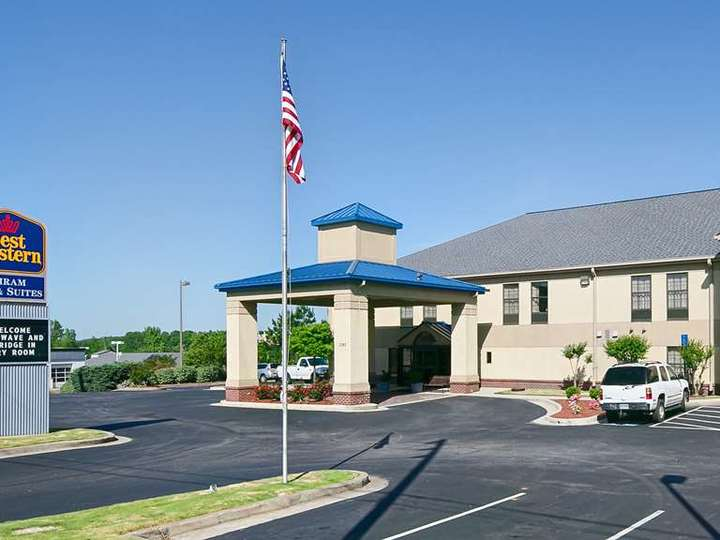 Best Western Hiram Inn and Suites