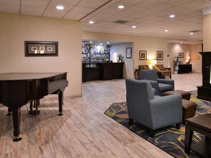 Best Western Leesburg Hotel and Conference Center