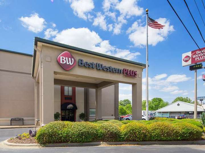 Best Western Plus Oak Mountain Inn