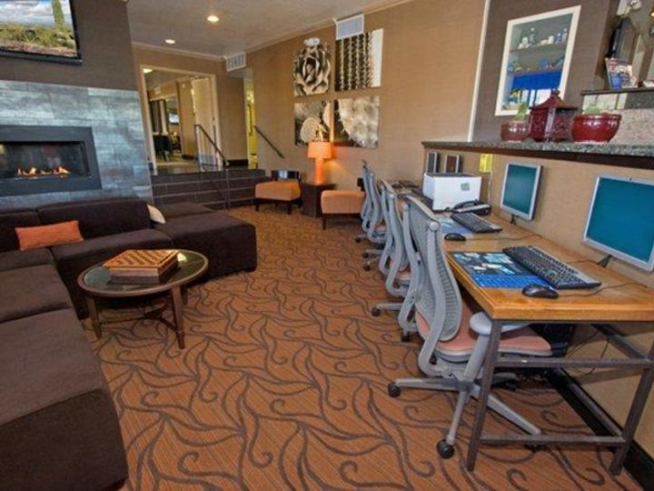 Best Western InnSuites Phoenix Hotel and Suites