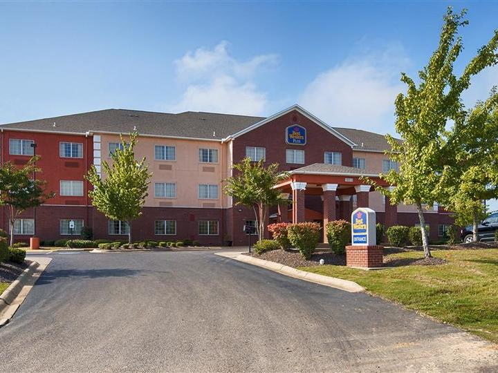 Best Western Plus Olive Branch Hotel and Suites