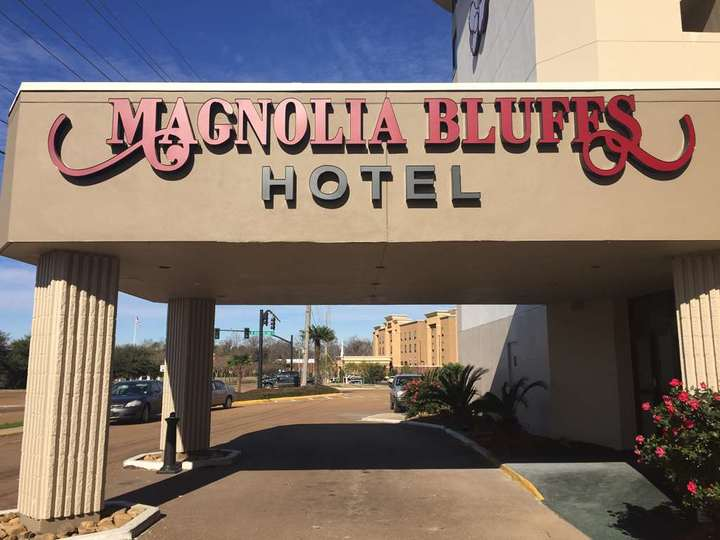 Magnolia Bluffs Casino Hotel  Premier Collection