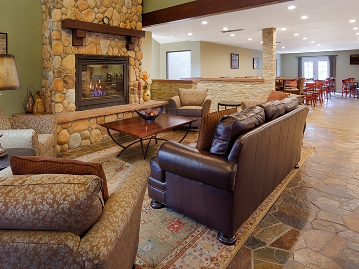 Best Western Plus Eagle Lodge and Suites