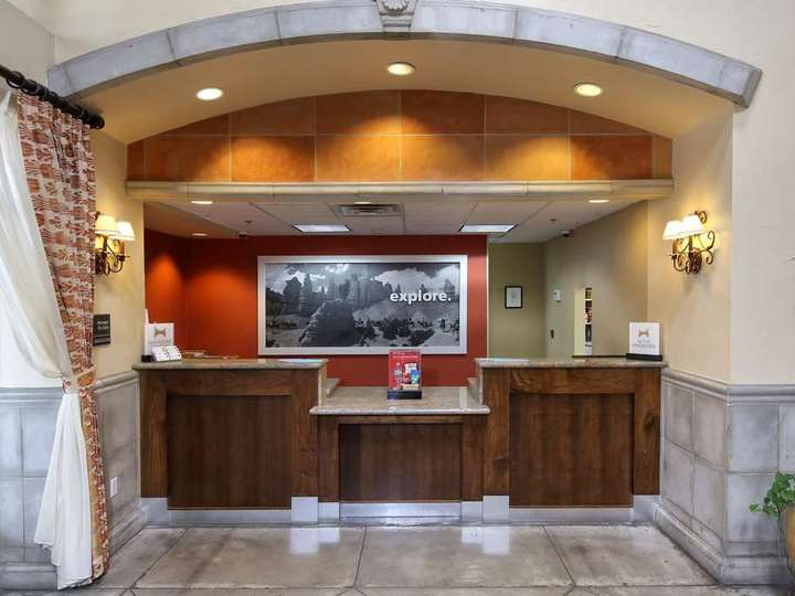 Hampton Inn   Suites Tucson Mall