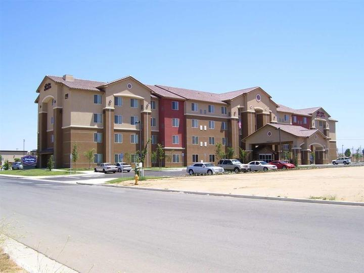 Hampton Inn   Suites Bakersfield North Airport