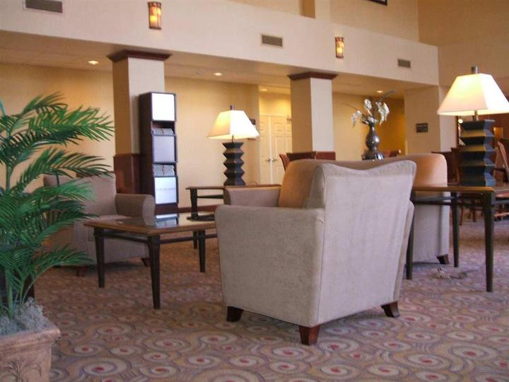 Hampton Inn   Suites Reno