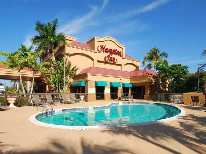 Hampton Inn Fort Myers Airport   I 75