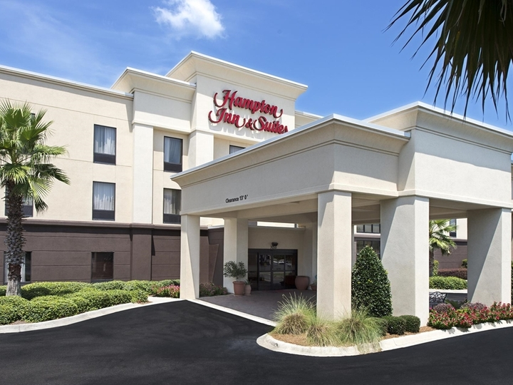 Hampton Inn   Suites Pensacola I 10 N at Univ Twn Plaza FL