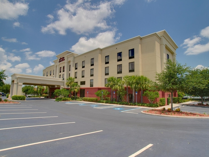 Hampton Inn   Suites Tampa East  Casino Area  FL