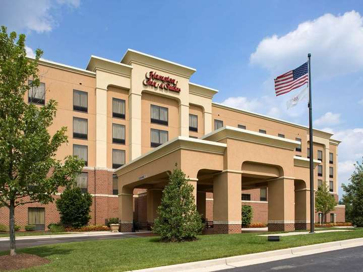 Hampton Inn   Suites Arundel Mills Baltimore