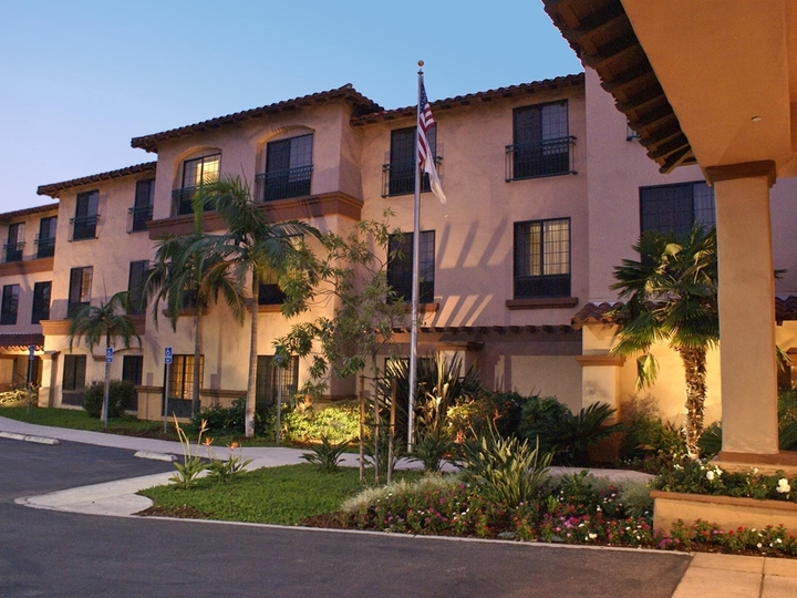 Hampton Inn   Suites Camarillo