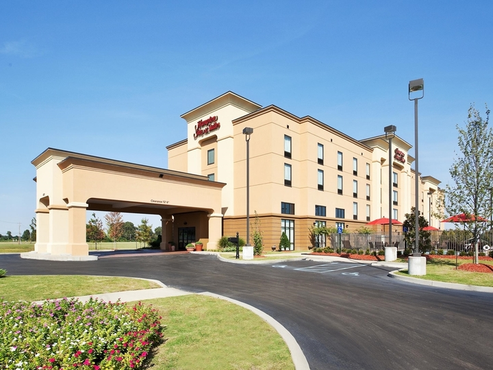 Hampton Inn   Suites Millington