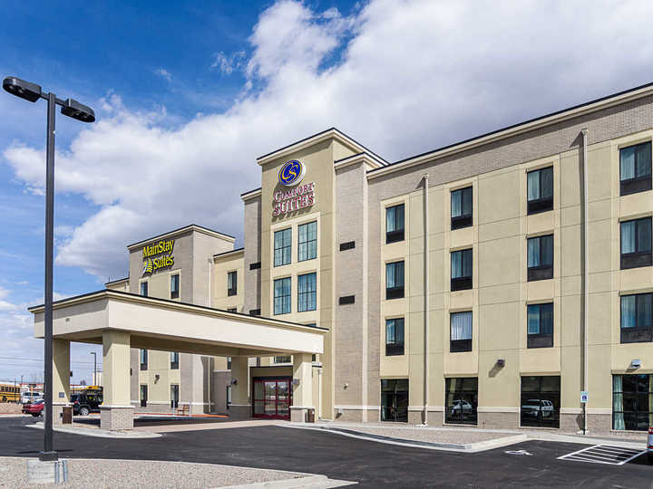 Comfort Suites Near Denver Downtown