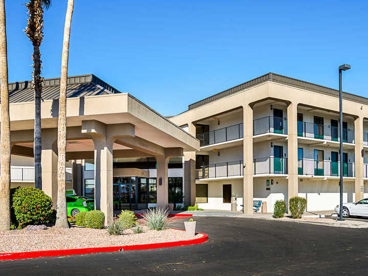 Quality Inn Phoenix North I 17