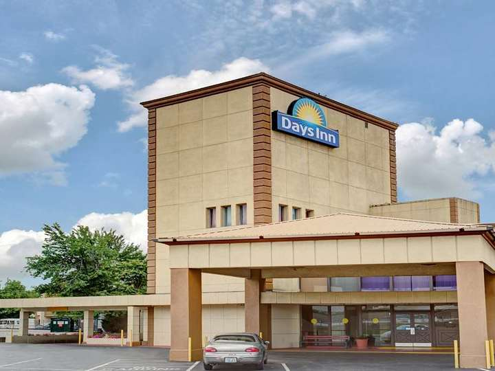 Days Inn Louisville Central University and Expo Center