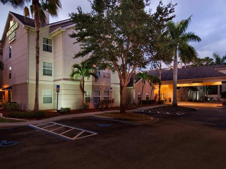 Homewood Suites by Hilton Fort Myers FL
