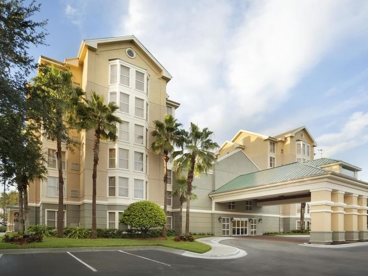 Homewood Suites by Hilton Orlando Nearest to Univ Studios
