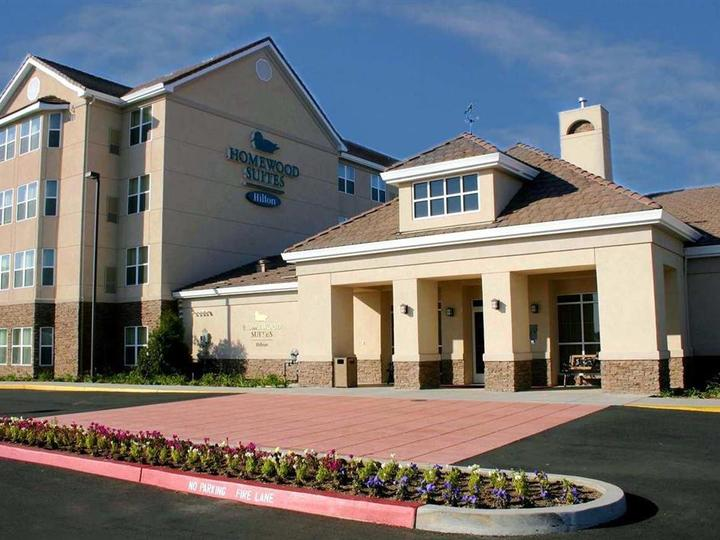 Homewood Suites by Hilton Sacramento Roseville