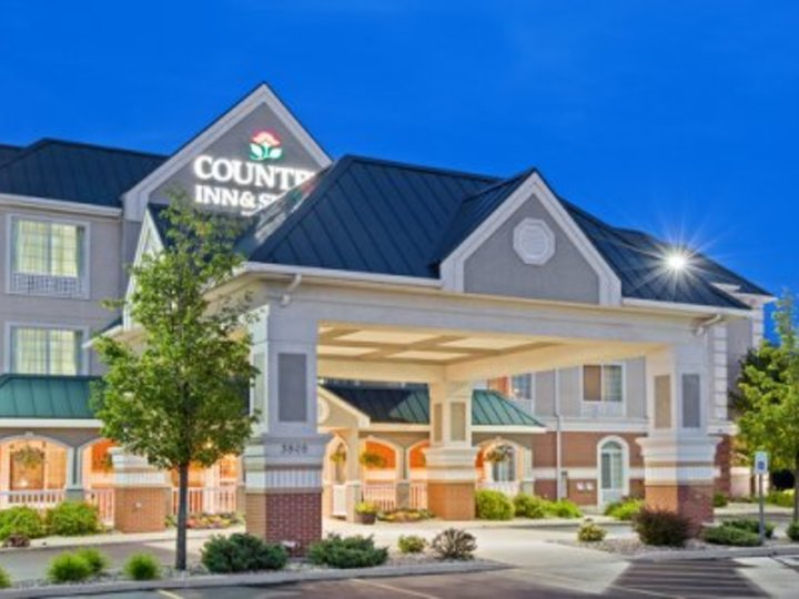 Country Inn and Suites By Carlson  Michigan City  IN