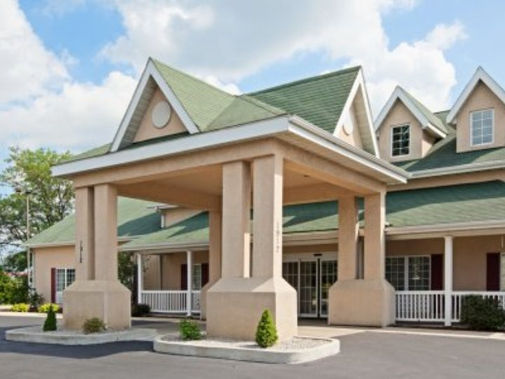Country Inn and Suites By Carlson  Kalamazoo  MI