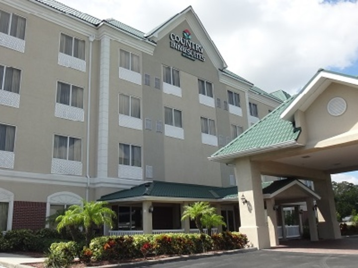Country Inn and Suites By Carlson  St  Petersburg   Clearwater  FL