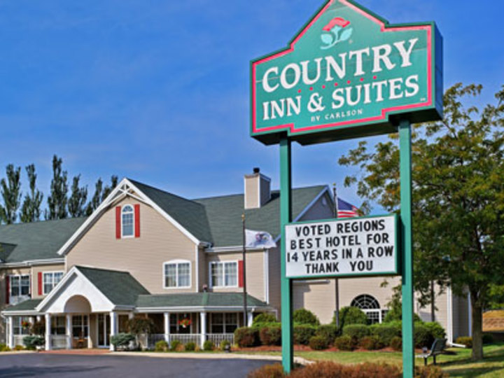 Country Inn and Suites By Carlson  Freeport  IL