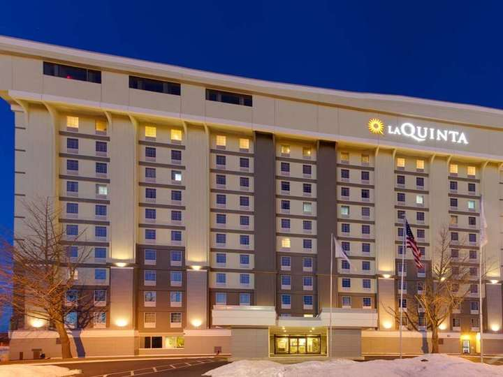La Quinta Inn and Suites Springfield