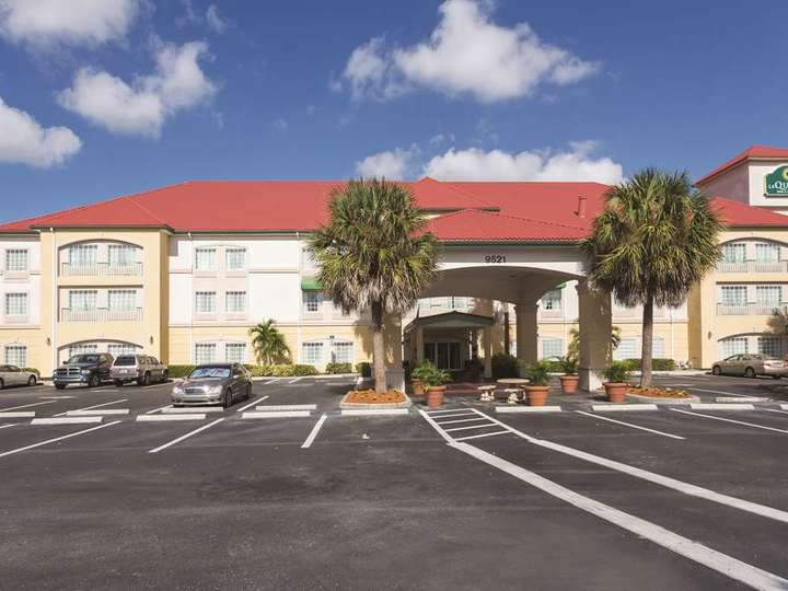 La Quinta Inn and Suites Fort Myers Airport