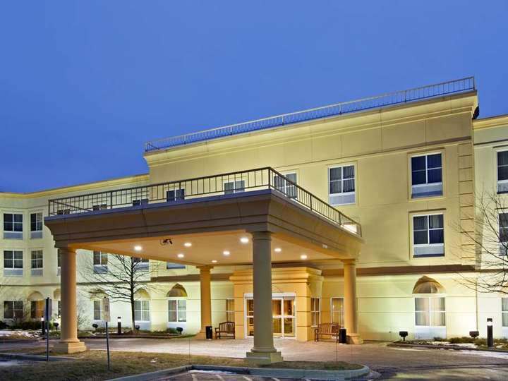 La Quinta Inn and Suites Bannockburn Deerfield