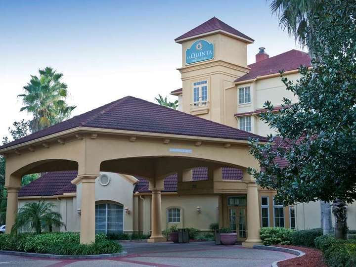 La Quinta Inn and Suites Tampa Brandon Regency Park
