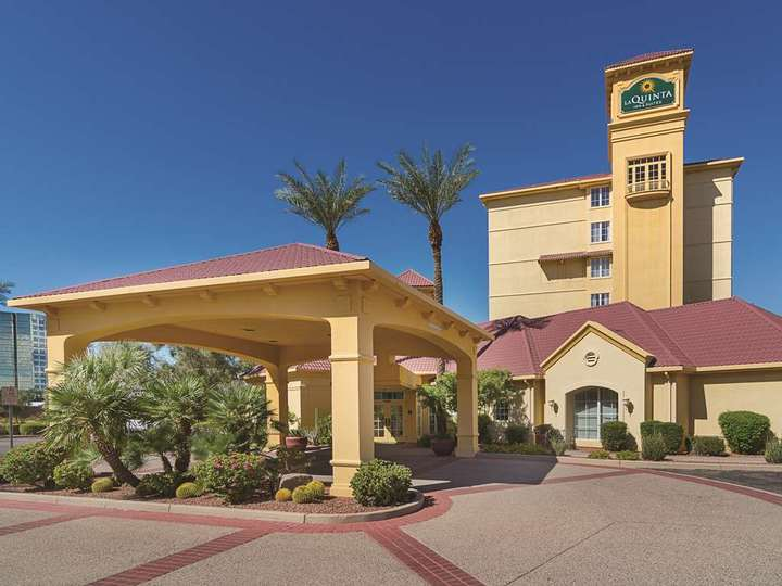 La Quinta Inn and Suites Phoenix Mesa West