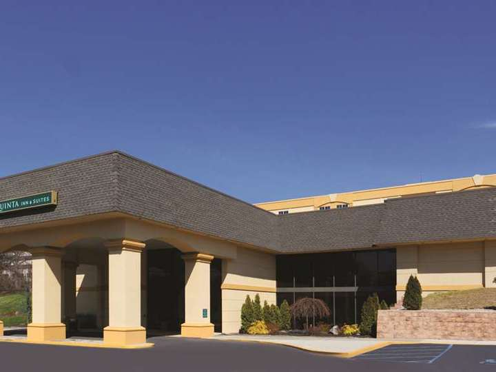 La Quinta Inn and Suites White Plains   Elmsford