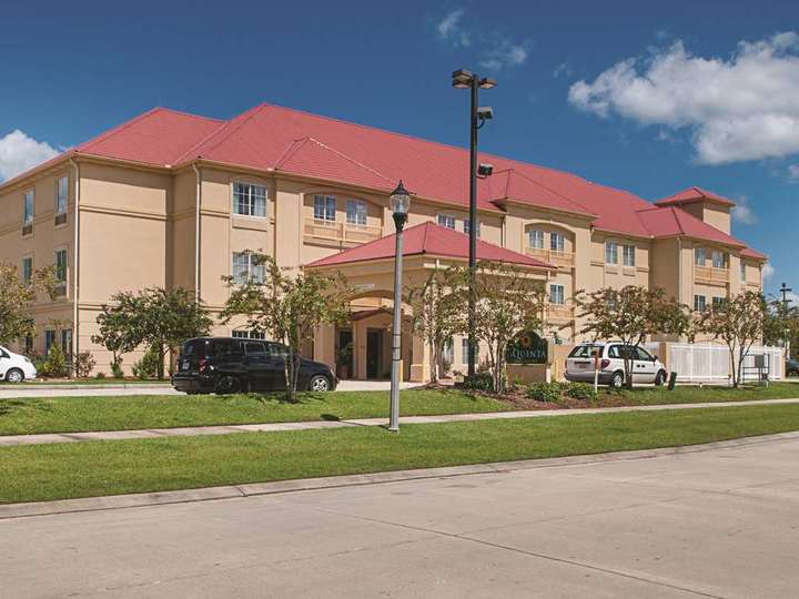 La Quinta Inn and Suites Slidell   North Shore Area