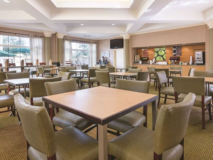 La Quinta Inn and Suites Orlando Airport North