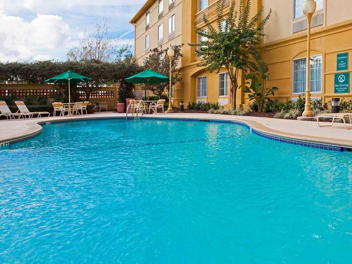 La Quinta Inn and Suites USF  Near Busch Gardens
