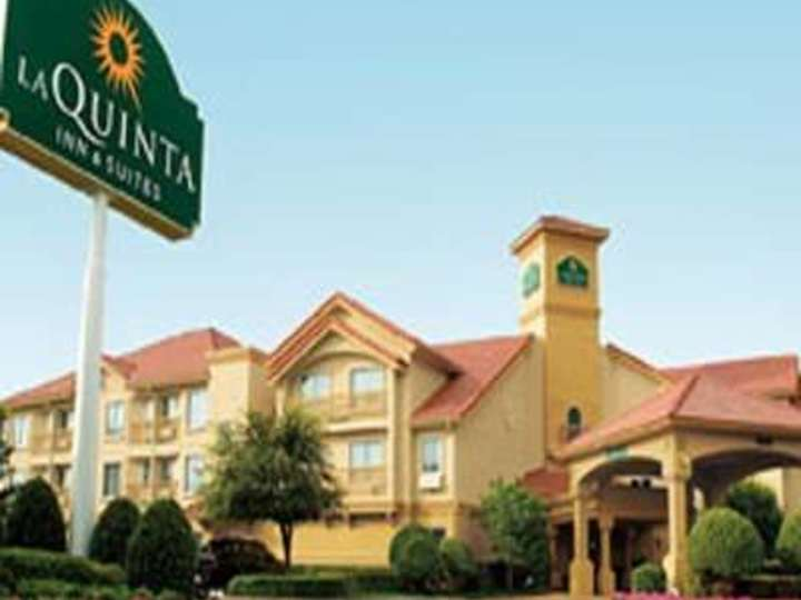La Quinta Inn and Suites Memphis Primacy Parkway