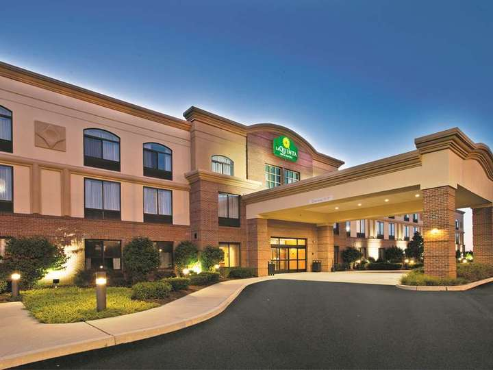 La Quinta Inn and Suites Coventry   Providence