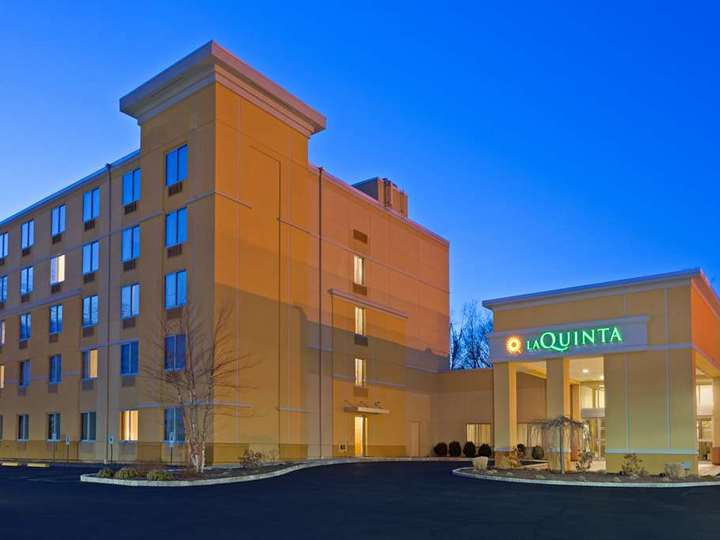 La Quinta Inn and Suites Danbury