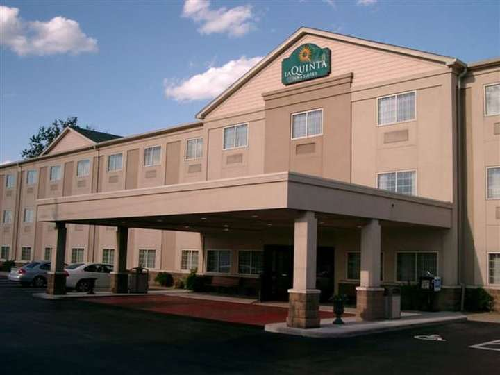 La Quinta Inn and Suites Louisville Airport and Expo