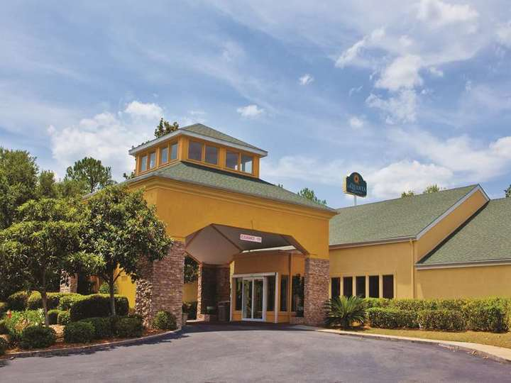 La Quinta Inn and Suites Valdosta   Moody AFB