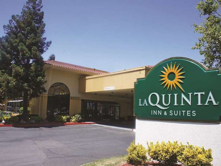 La Quinta Inn and Suites Oakland Hayward