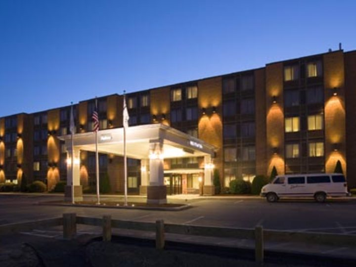Radisson Hotel and Suites Chelmsford Lowell