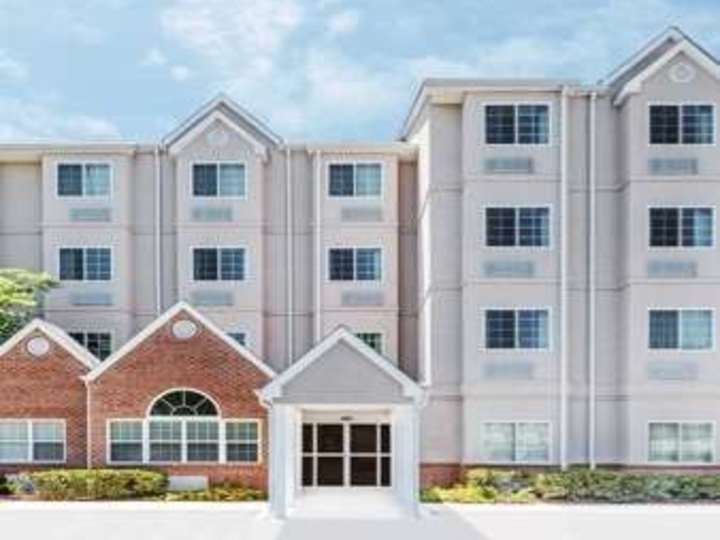 Microtel Inn and Suites by Wyndham Tuscaloosa Near University