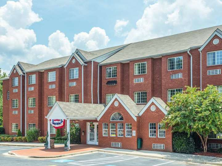 Microtel Inn and Suites by Wyndham Stockbridge Atlanta I 75