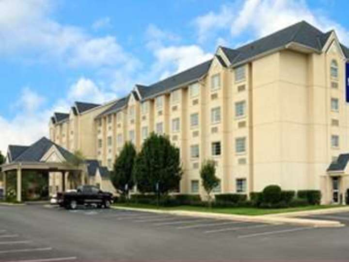 Microtel Inn and Suites by Wyndham Bossier City
