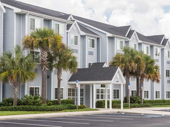Microtel Inn and Suites by Wyndham Spring Hill Weeki Wachee